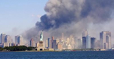 http://www.miras.cz/foto/newyork/newyork11september-1-99-panorama.jpg